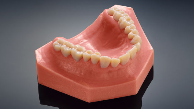 The Objet260 Dental Selection 3D Printer from Stratasys prints amazingly realistic dental models with multiple materials.